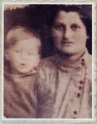 נתן ואמו לאה באוקראינה